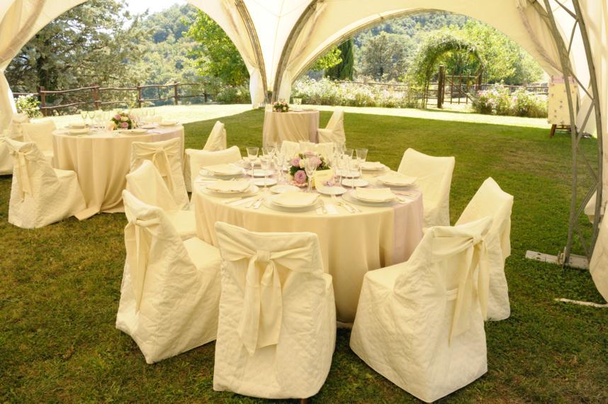 Matrimonio In Campagna : Ricevimenti in campagna tenuta le chiuse di reopasto
